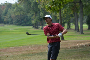 Jason Bataille medals in Mid-Amateur Qualifying at the Knoll