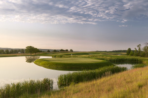 Defending Champion Issler, host of contenders descend on Trump National for 99th Open Championship